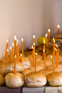 dreamstime_m_52573301-bread candles